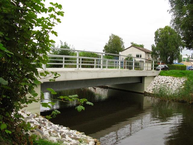 http:/biz-arching.de/wp-content/uploads/2014/02Neubau Brücke über das Terborger Sieltief Gemeinde Moormerland