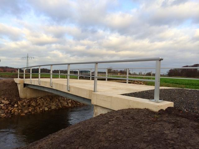 Neubau Brücke über die Düte
